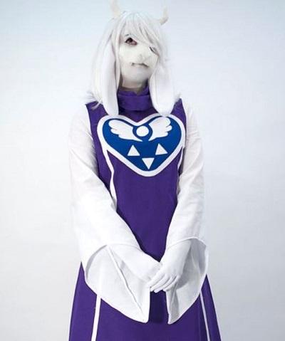 Toriel cosplay